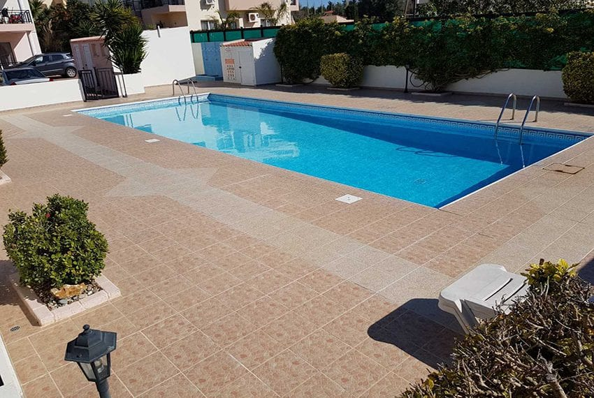 1 bed garden apartment for sale Universal Pafos12