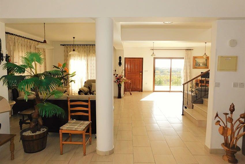 4 bedroom villa for sale Yeroskipou Pafos03