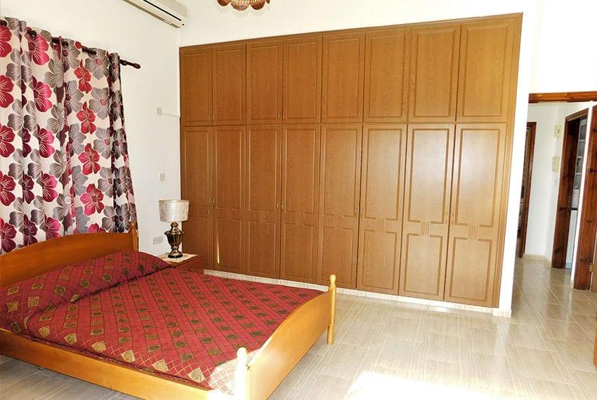 4 bedroom villa for sale Yeroskipou Pafos10