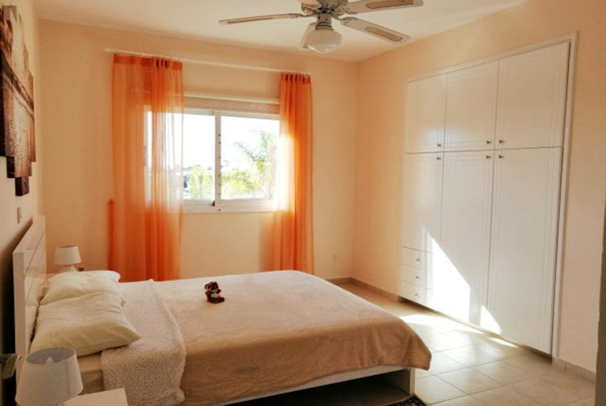 2 bed apartment for rent Sunisland Universal08