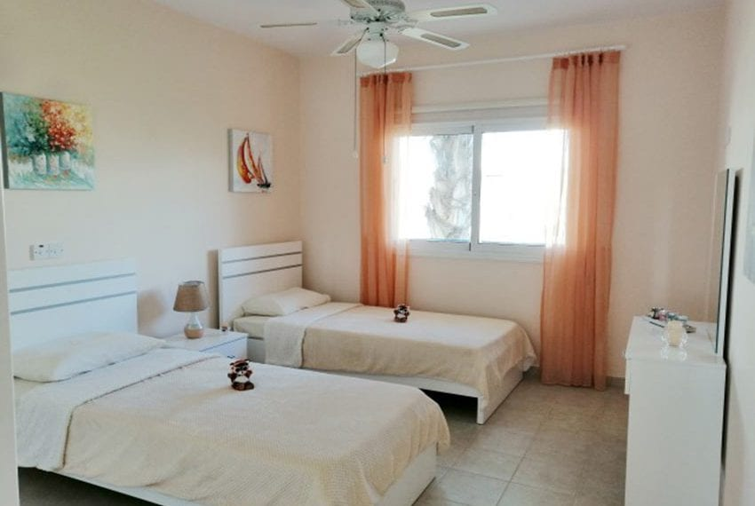 2 bed apartment for rent Sunisland Universal10
