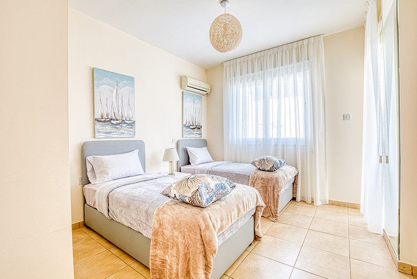 3 bedroom apartment for sale in Paralimni07