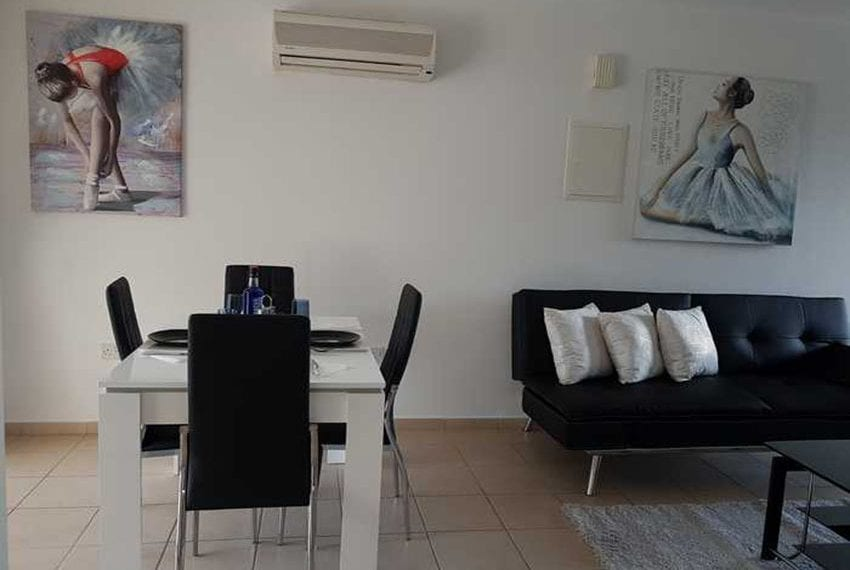 Apartment for sale in Pafos with large balcony 02