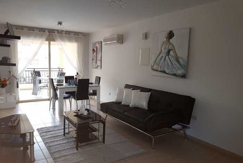 Apartment for sale in Pafos with large balcony 03