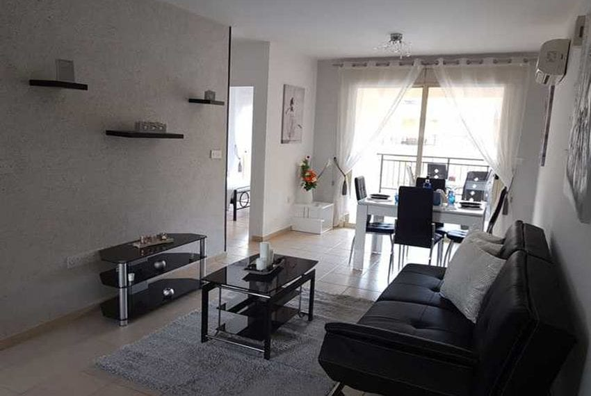 Apartment for sale in Pafos with large balcony 04