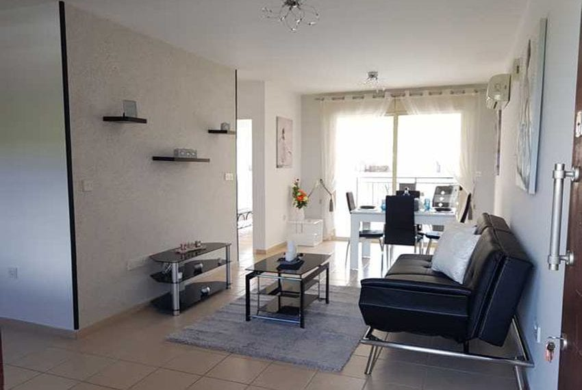 Apartment for sale in Pafos with large balcony 10