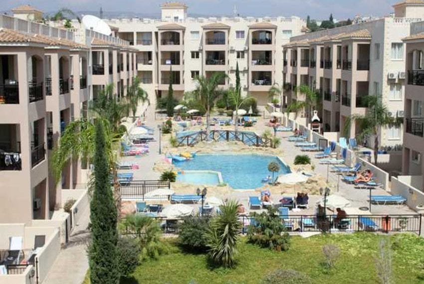 Apartment for sale in Pafos with large balcony 13