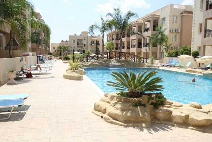 Apartment for sale in Pafos with large balcony 14
