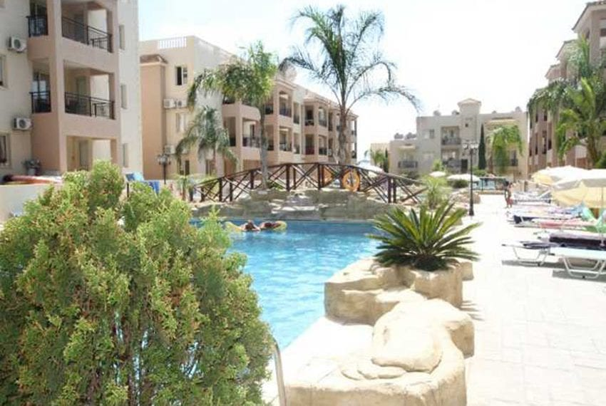 Apartment for sale in Pafos with large balcony 15