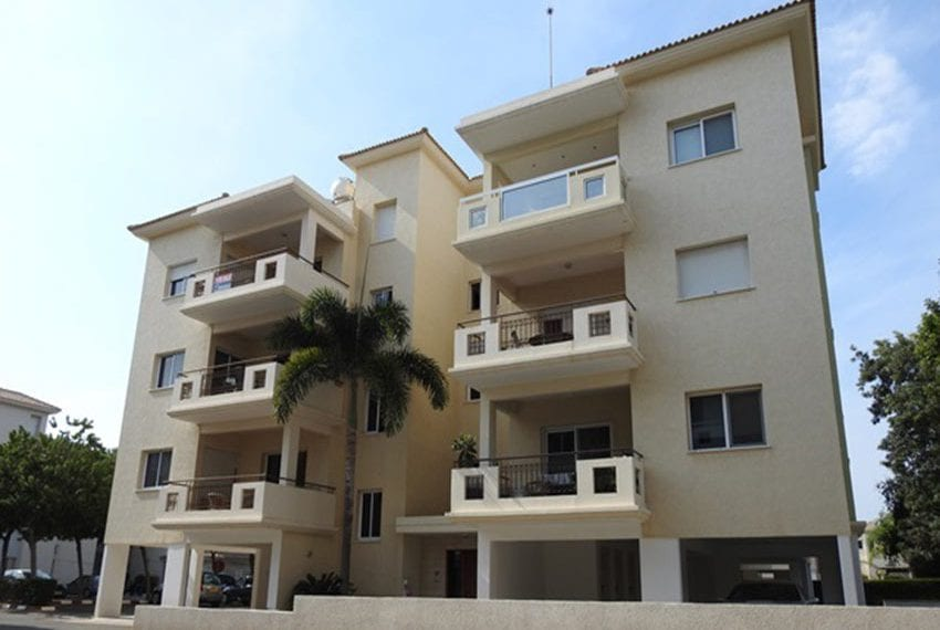 2 bed apartment for sale Limassol tourist area12
