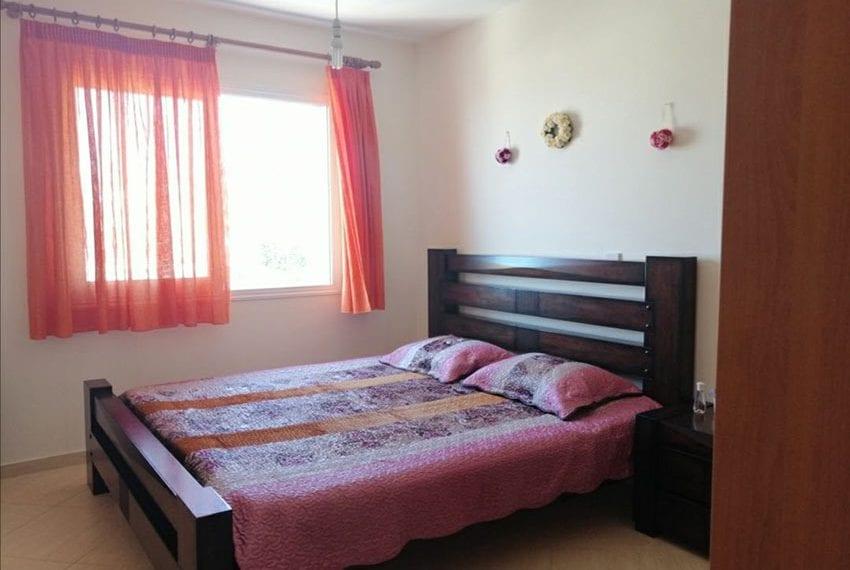 Top floor 2 bedroom apartment for sale Peyia05
