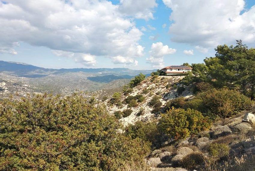 Mountain retreat 4 bed house for sale Korfi village08