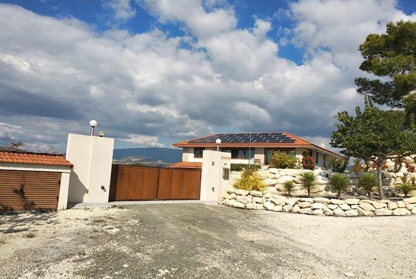 Mountain retreat 4 bed house for sale Korfi village15
