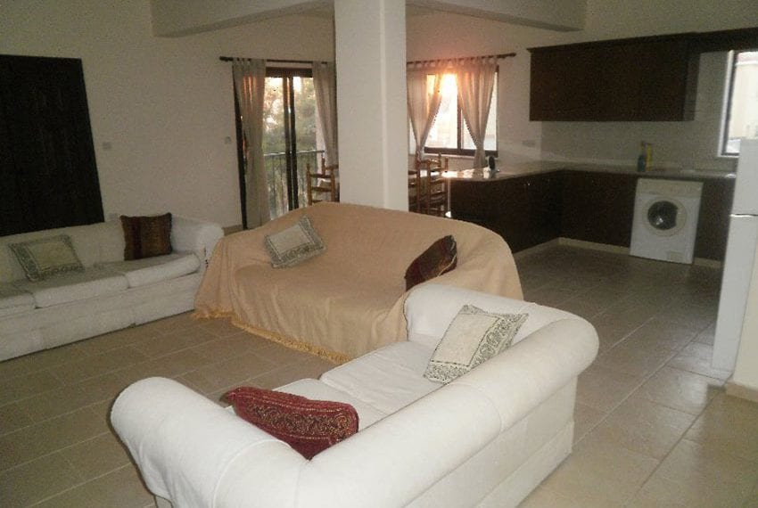 Stone villa for rent in Kissonerga01