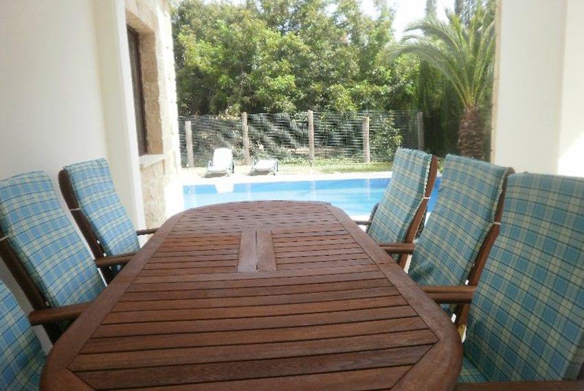 Stone villa for rent in Kissonerga08