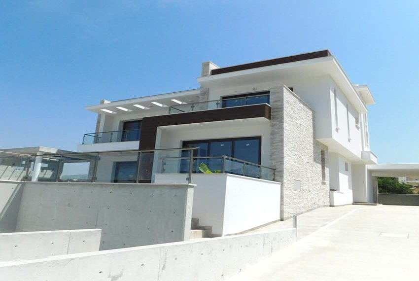 New 4 bed villa for sale in Tala Cyprus01