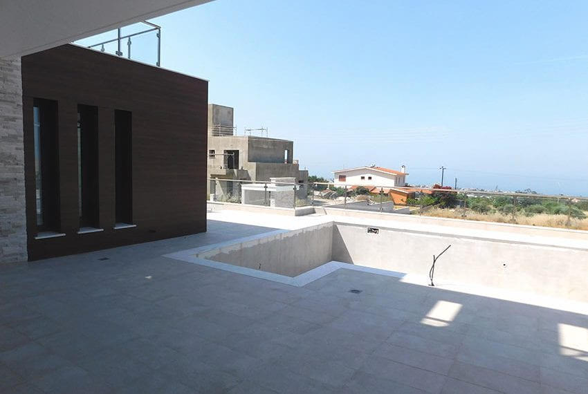 New 4 bed villa for sale in Tala Cyprus11