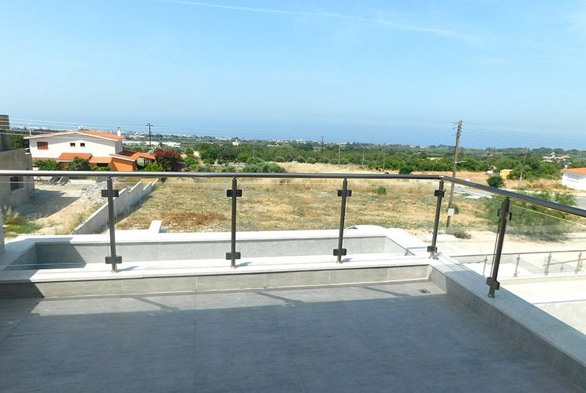 New 4 bed villa for sale in Tala Cyprus19