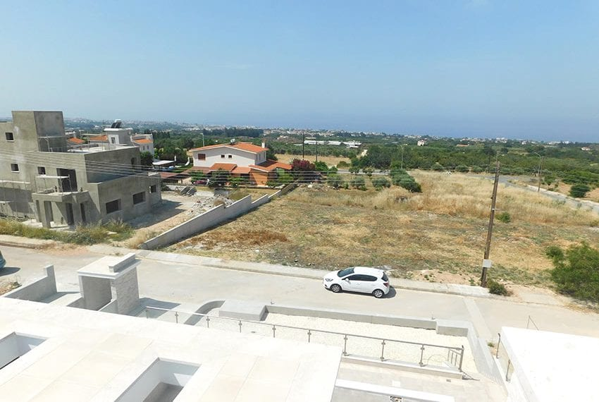 New 4 bed villa for sale in Tala Cyprus32