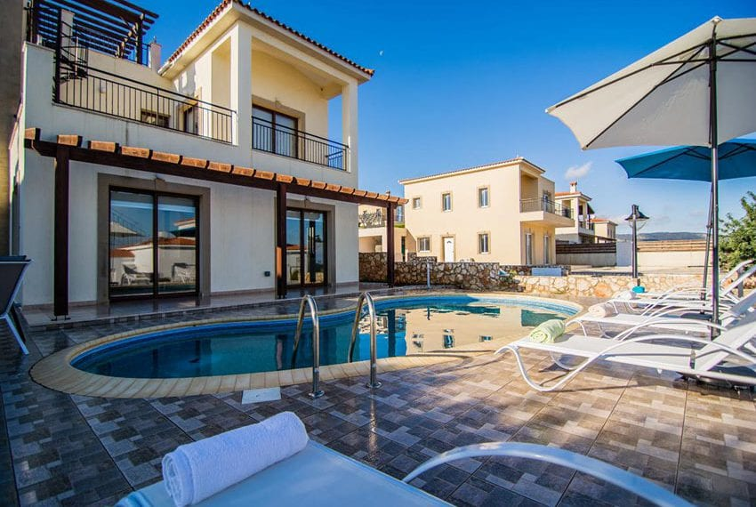 Villa with fantastic views Neo Chorio Cyprus07