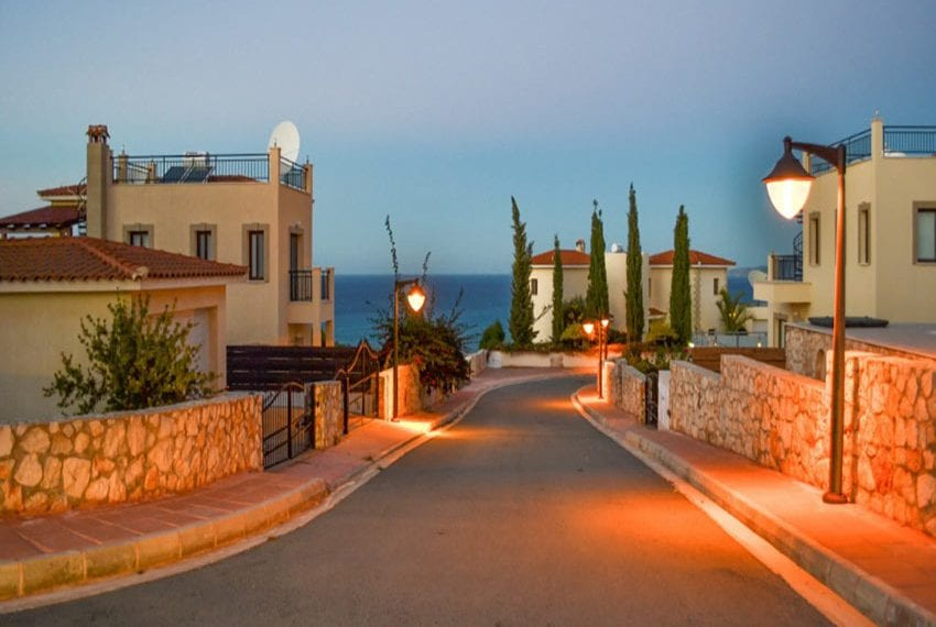 Villa with fantastic views Neo Chorio Cyprus01