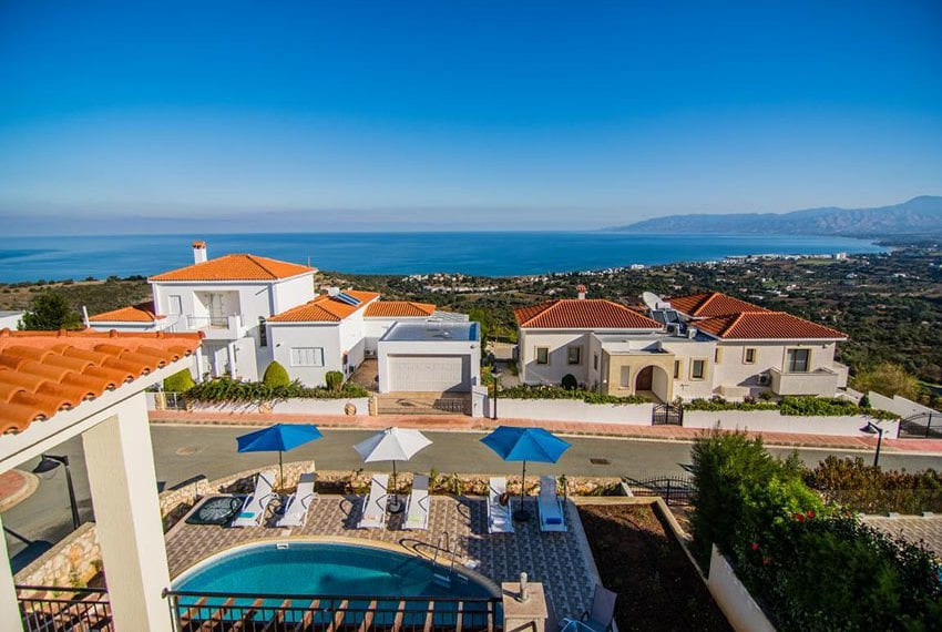 Villa with fantastic views Neo Chorio Cyprus09
