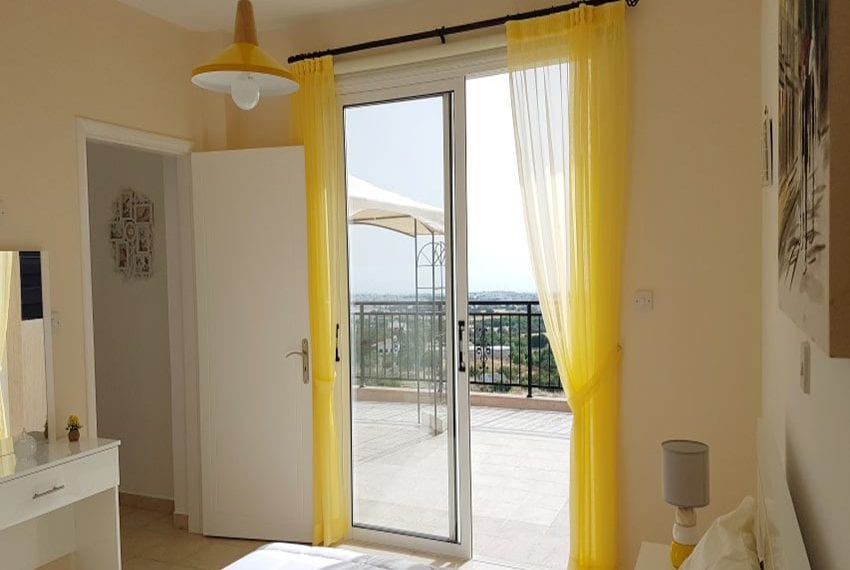 Leda heights top floor 1 bed apartment for sale Paphos19
