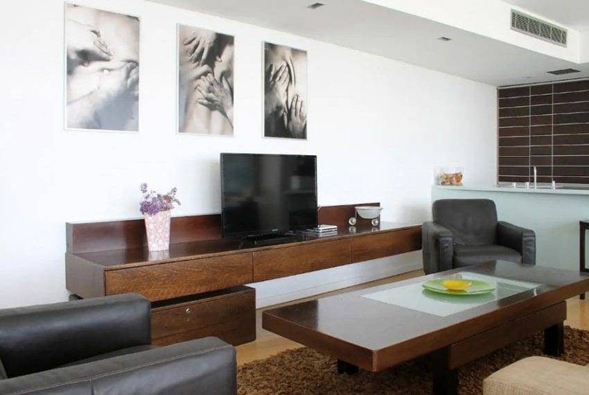 Renovated 3 bed apartment for sale in Pafos01