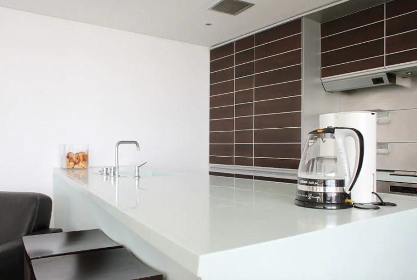 Renovated 3 bed apartment for sale in Pafos06