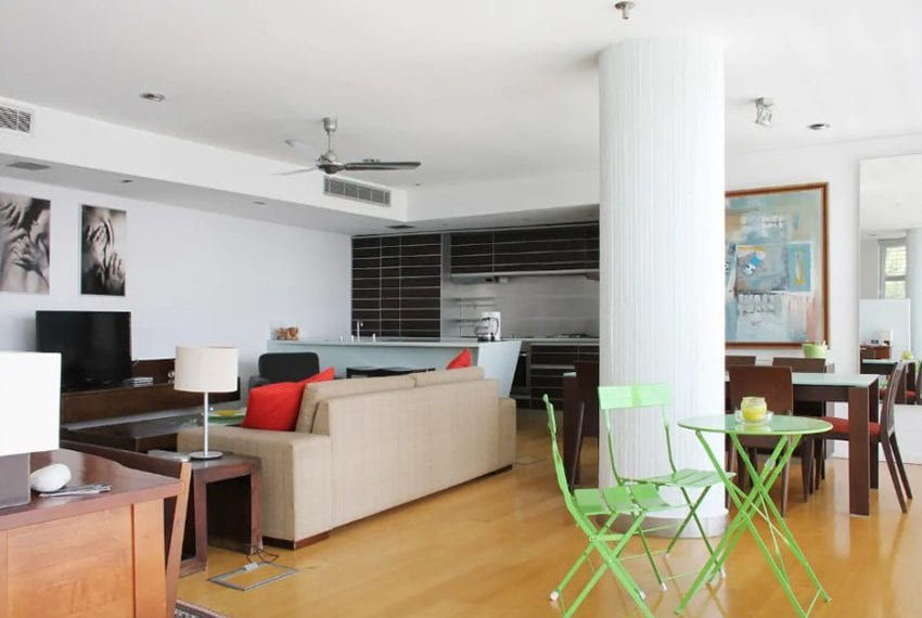 Renovated 3 bed apartment for sale in Pafos13