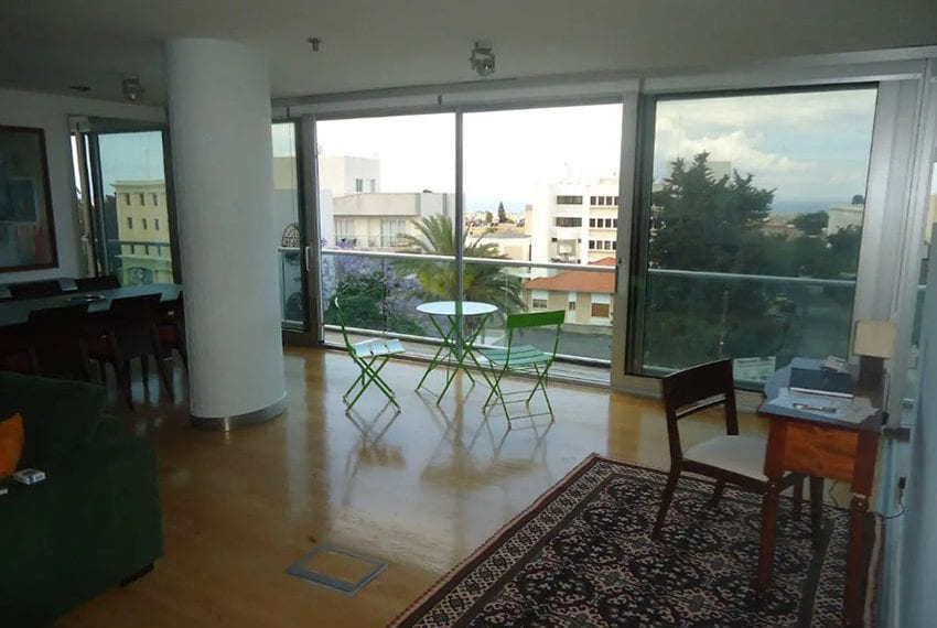 Renovated 3 bed apartment for sale in Pafos19