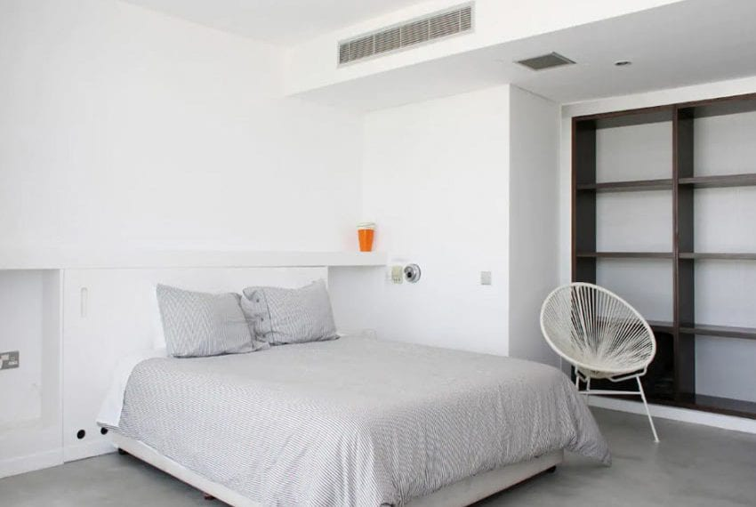 Renovated 3 bed apartment for sale in Pafos29