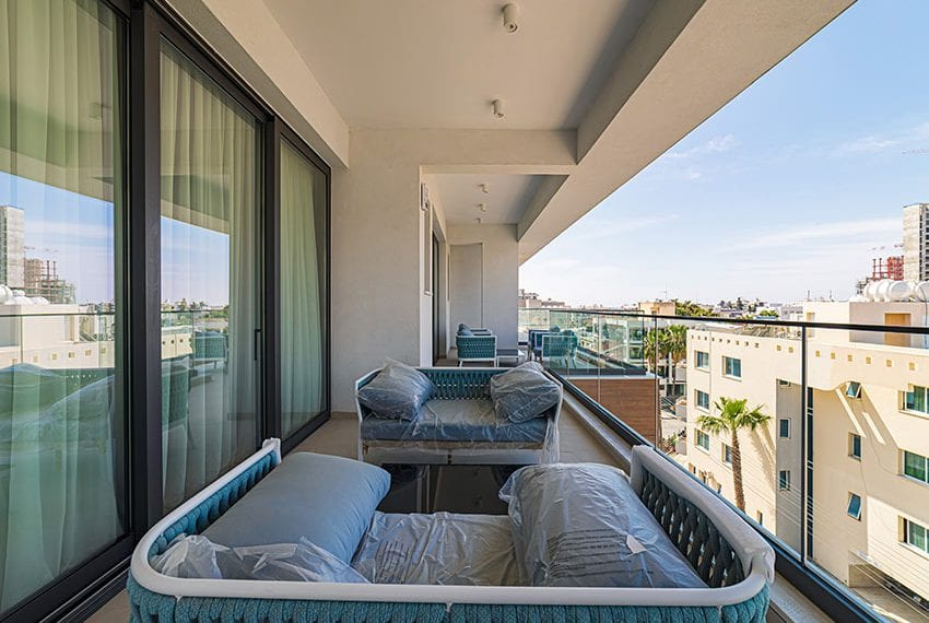 Penthouse with private pool for sale in Limassol25
