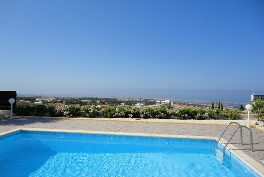Villa for sale in Pafos with panoramic sea views01