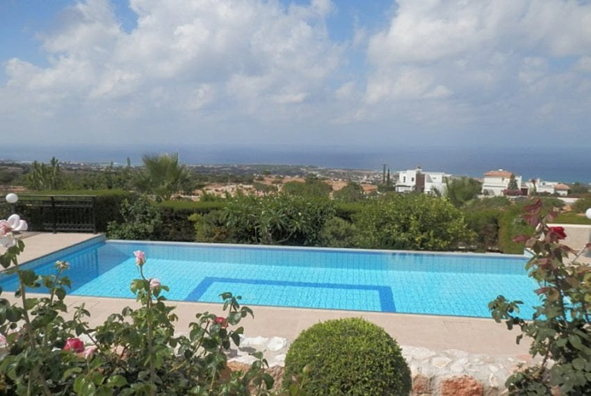For sale villa with panoramic sea views Peyia04