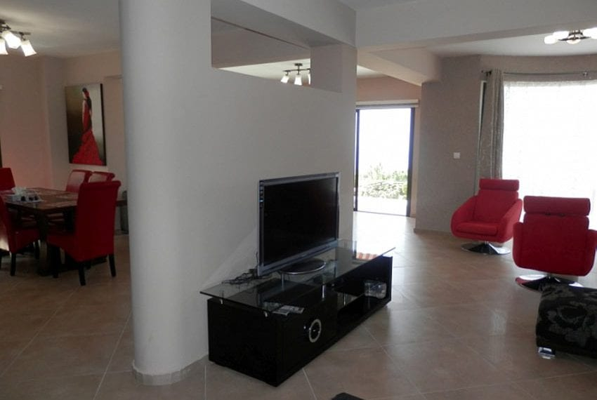 For sale villa with panoramic sea views Peyia13