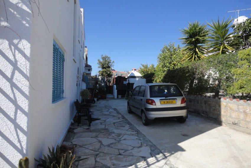 6 bedroom villa for sale large plot Tala Cyprus01