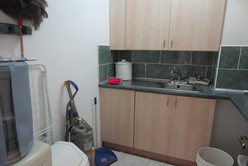 6 bedroom villa for sale large plot Tala Cyprus02