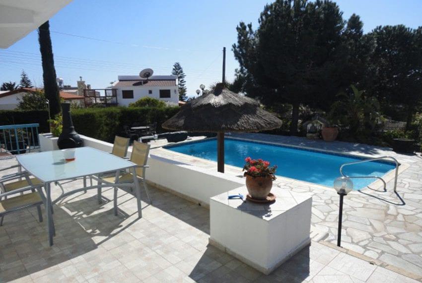 6 bedroom villa for sale large plot Tala Cyprus05