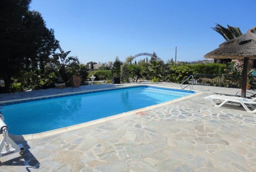 6 bedroom villa for sale large plot Tala Cyprus10