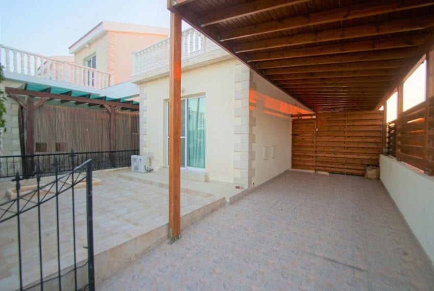Detached 3 bed villa for sale in Peyia Cyprus04