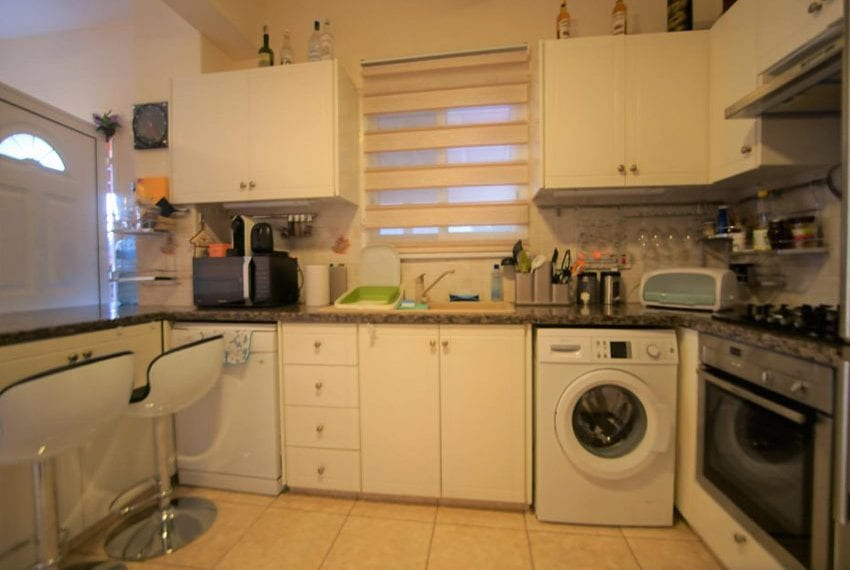 Detached 3 bed villa for sale in Peyia Cyprus09