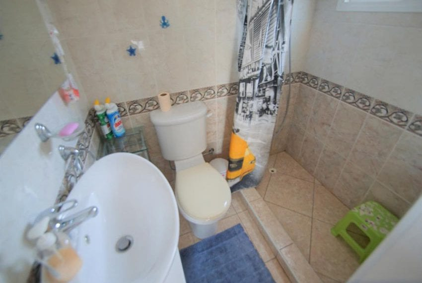 Detached 3 bed villa for sale in Peyia Cyprus11