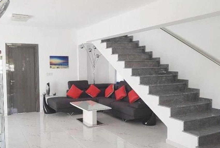 Renovated villa for sale near beach Paphos16
