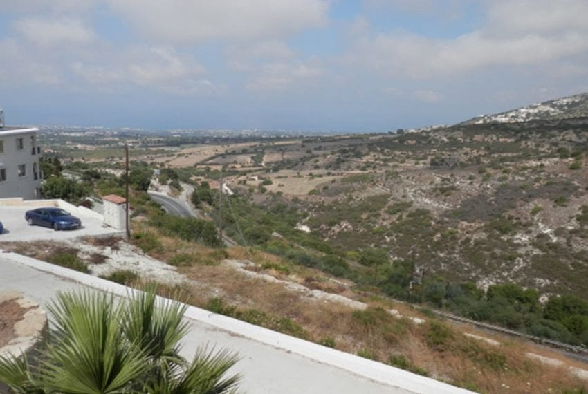 Villa for sale with panoramic views in Tsada Cyprus02