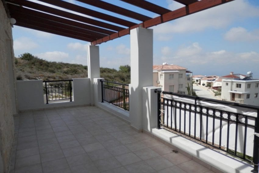 Villa for sale with panoramic views in Tsada Cyprus04