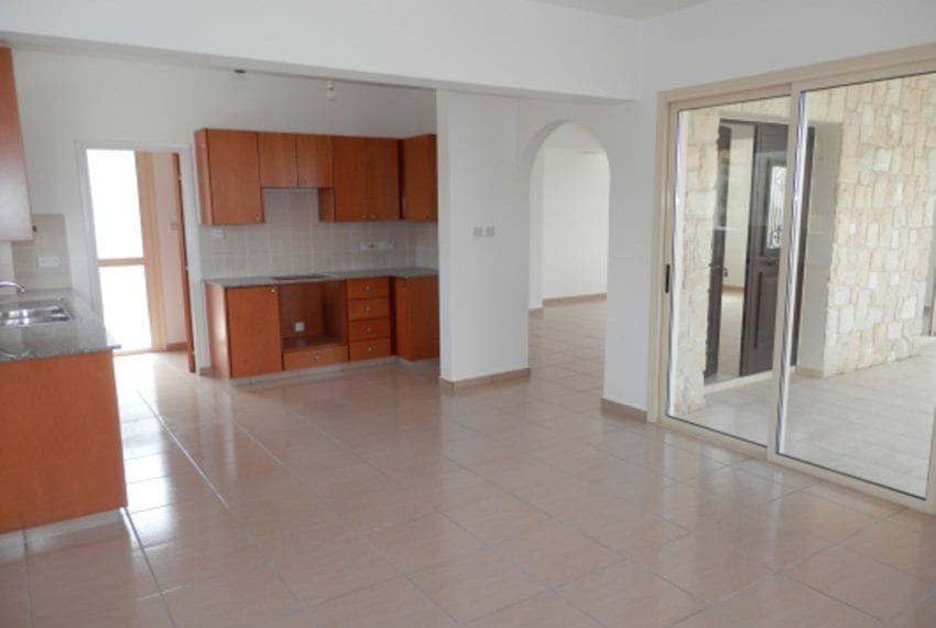 Villa for sale with panoramic views in Tsada Cyprus08