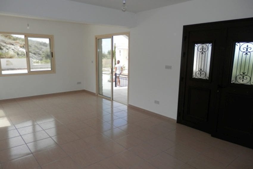 Villa for sale with panoramic views in Tsada Cyprus09