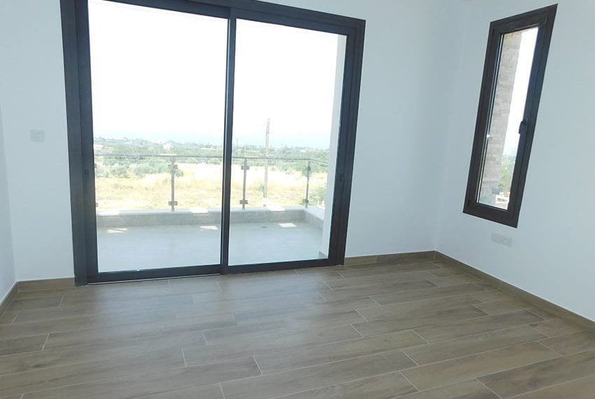 Modern villa for rent long term in Tala10