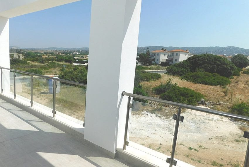 Modern villa for rent long term in Tala15